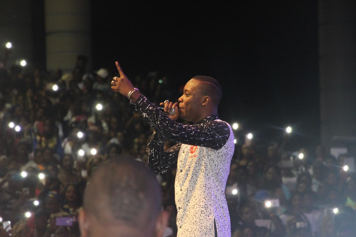 Concert de Sidiki Diabaté à Abidjan: Une marée humaine!
